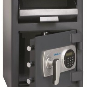 CHUBBSAFES OMEGA DEPOSIT SAFE – $5,000 Suggested Cash Rating